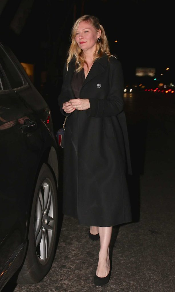 Kirsten Dunst Leaves Madeo Restaurant in West Hollywood 12/19/2017-1