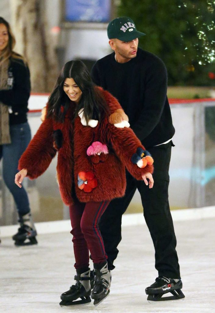 Kourtney Kardashian Ice Skating at a Party in Thousand Oaks 12/23/2017-1