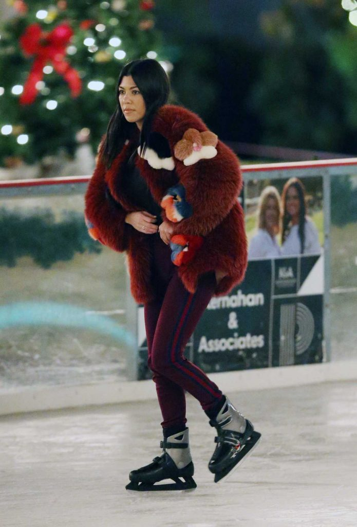 Kourtney Kardashian Ice Skating at a Party in Thousand Oaks 12/23/2017-4