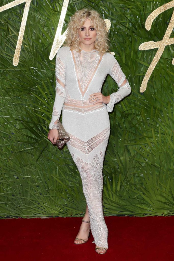 Pixie Lott at 2017 British Fashion Awards at the Royal Albert Hall in London 12/04/2017-1