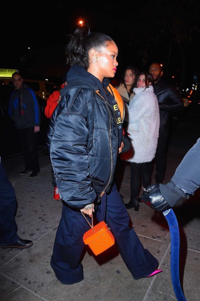 Rihanna Leaves Avenue Nightclub in Hollywood 12/08/2017-4
