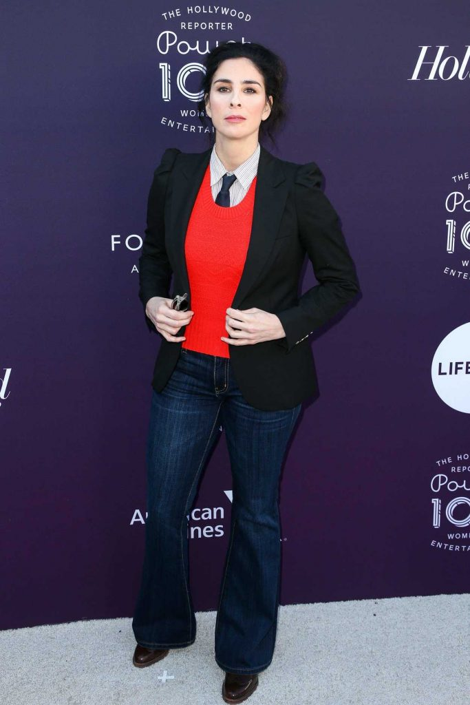 Sarah Silverman Attends the Women in Entertainment Breakfast in Los Angeles 12/06/2017-1