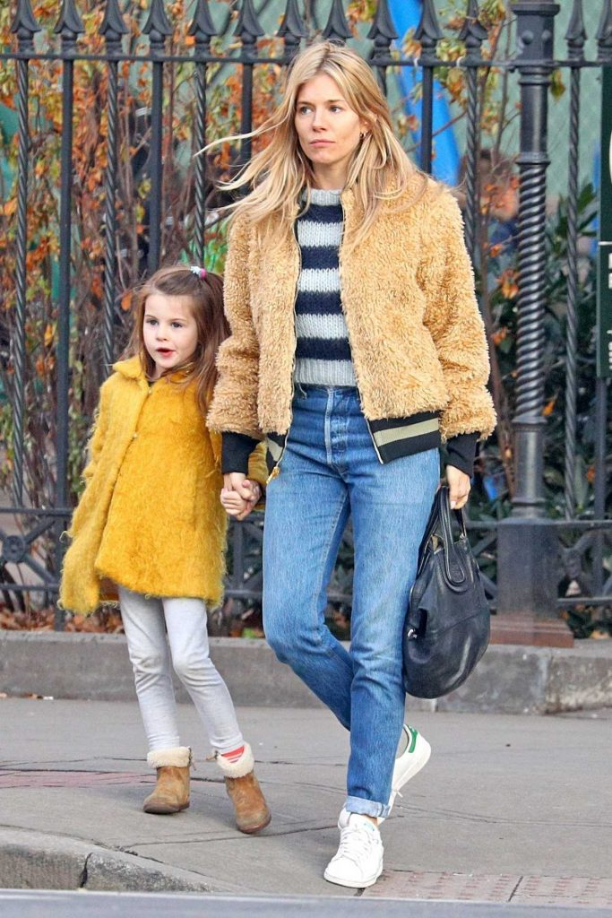 Sienna Miller Was Seen with Her Daughter Out in NYC 12/19/2017-1