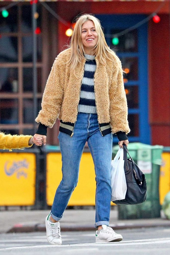 Sienna Miller Was Seen with Her Daughter Out in NYC 12/19/2017-4