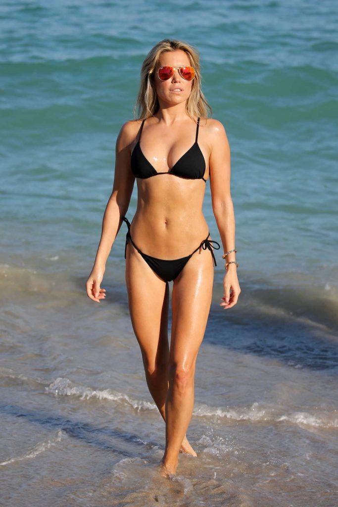 Sylvie Meis Wears a Black Bikini at the Beach in Miami 12/29/2017-1