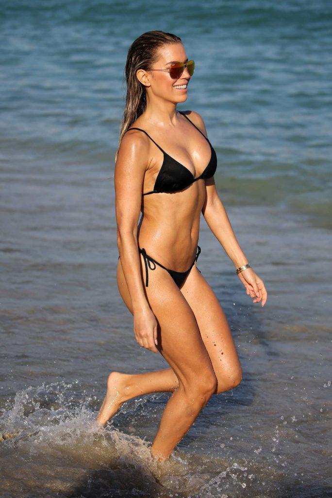 Sylvie Meis Wears a Black Bikini at the Beach in Miami 12/29/2017-4