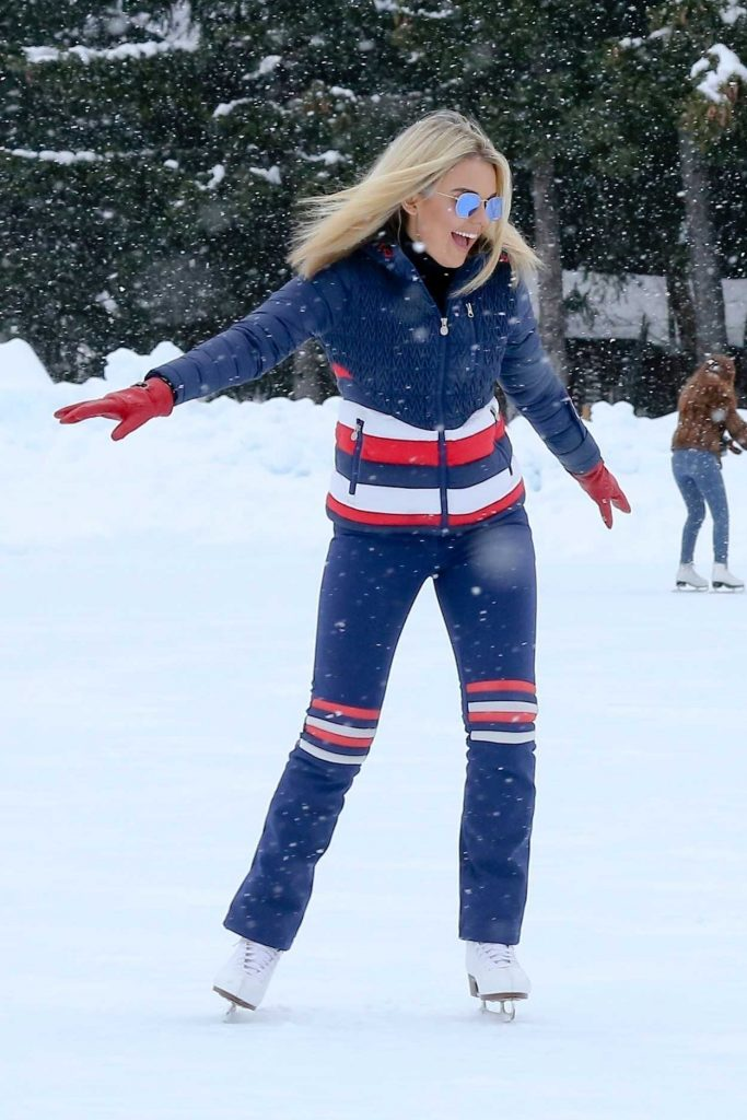 Tallia Storm Was Seen During Her Christmas Break on Holiday at St Moritz 12/24/2017-3