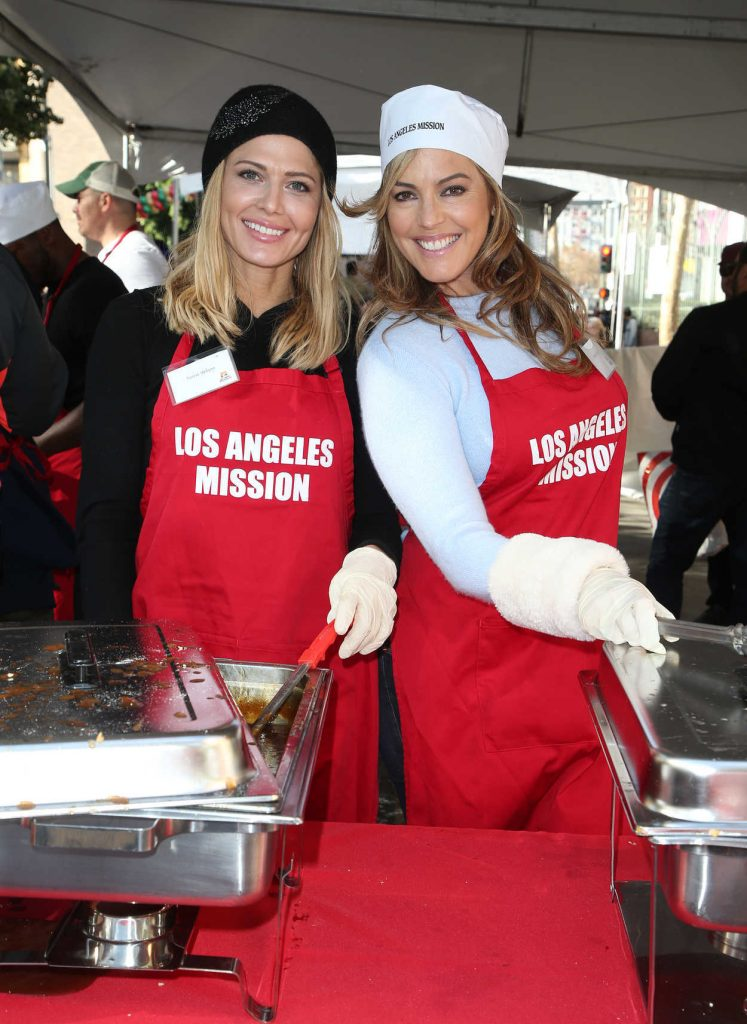 Torrie Wilson at Los Angeles Mission's Christmas Celebration on Skid Row 12/22/2017-4