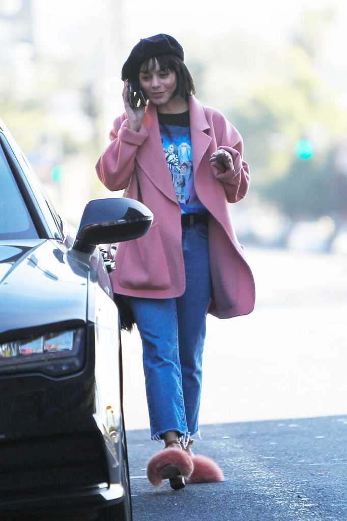 Vanessa Hudgens Leaves a Meeting in LA 12/29/2017-1