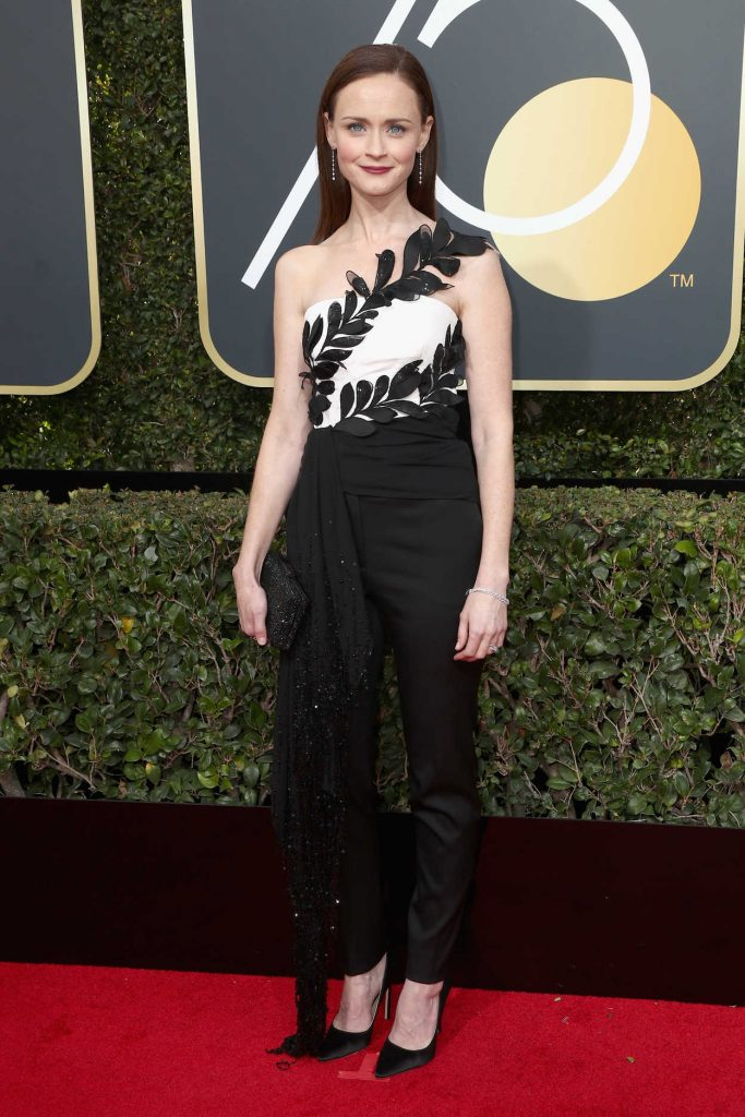 Alexis Bledel at the 75th Annual Golden Globe Awards in Beverly Hills 01/07/2018-2