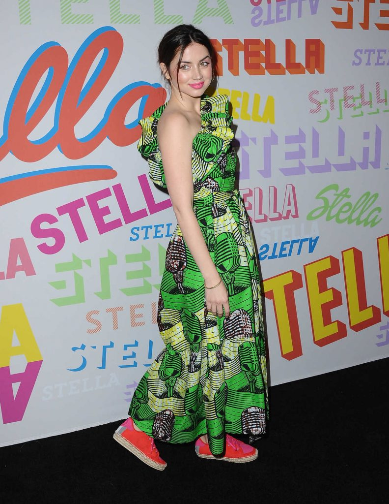 Ana de Armas at the Stella McCartney Show in Hollywood 01/16/2018-3