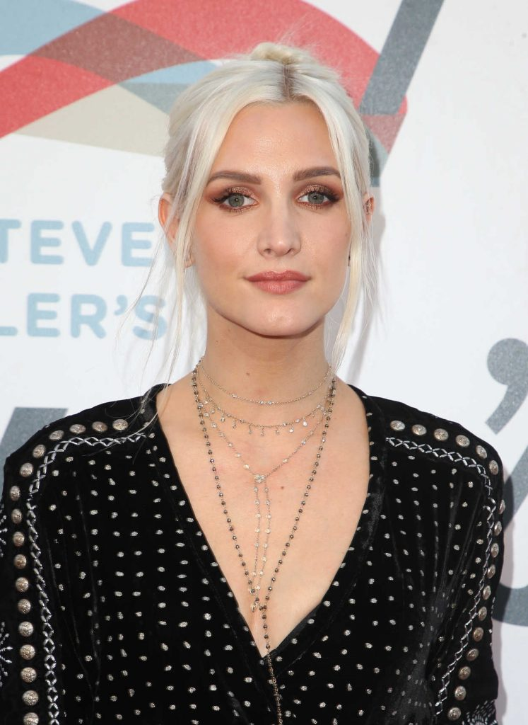 Ashlee Simpson at Inaugural Janie's Fund Gala and Grammy Awards Viewing Party in LA 01/28/2018-5