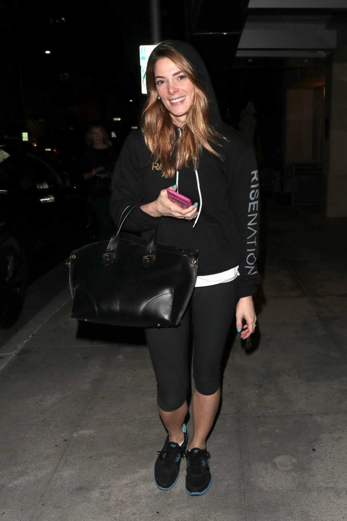 Ashley Greene Leaves Beverly Hills Nail Design in Beverly Hills 01/26/2018-3