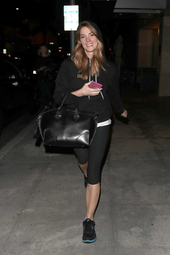 Ashley Greene Leaves Beverly Hills Nail Design in Beverly Hills 01/26/2018-4