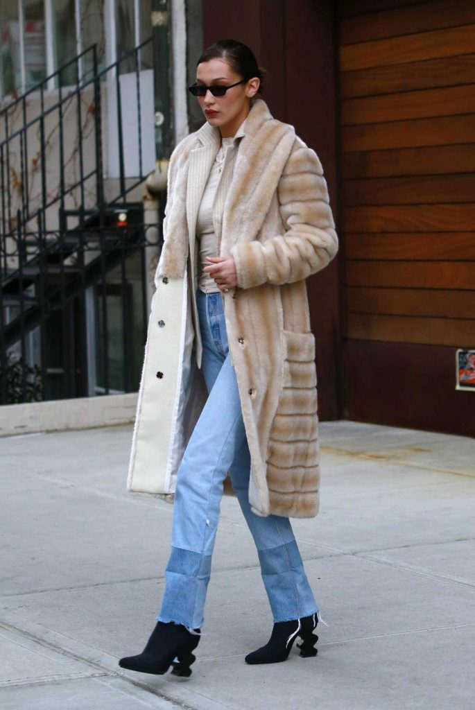 Bella Hadid Was Spotted Out in New York City 01/25/2018-2