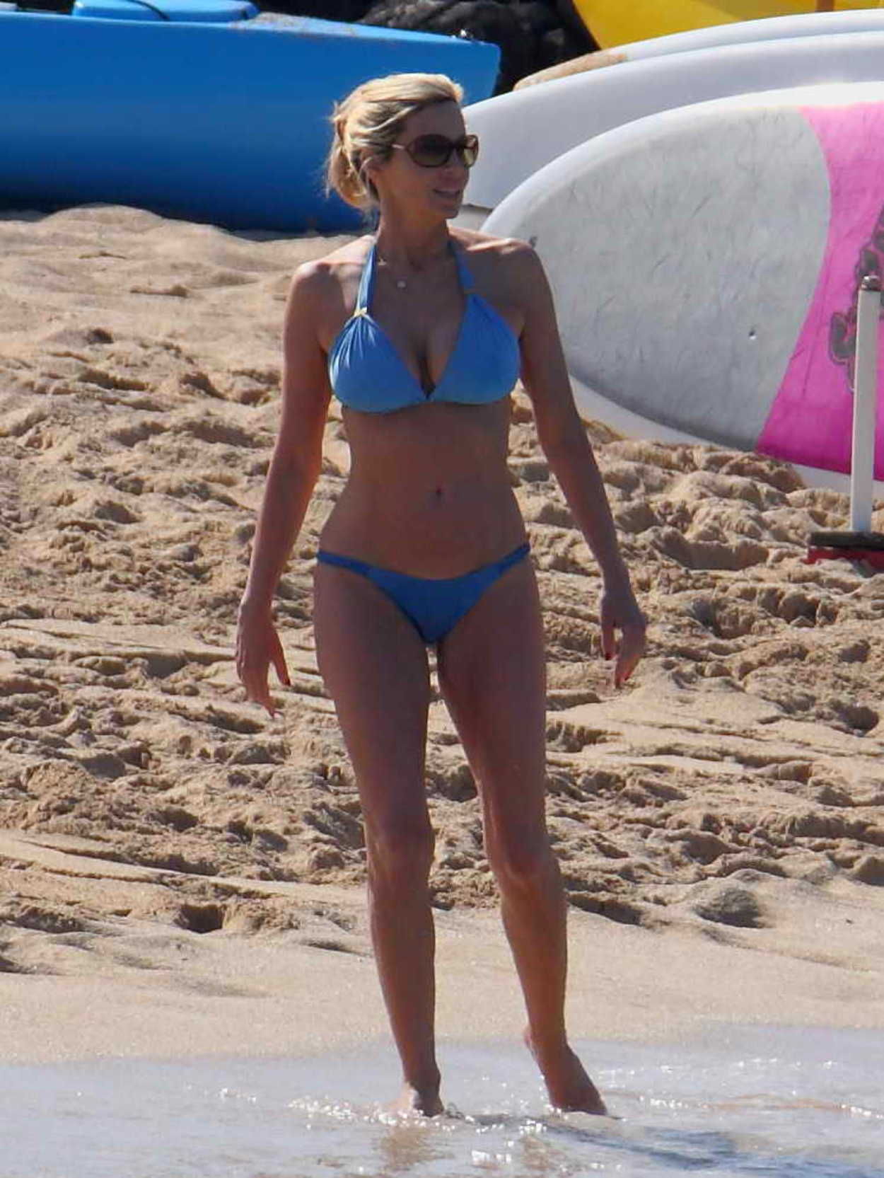 Opinion, real housewives camille grammer bikini
