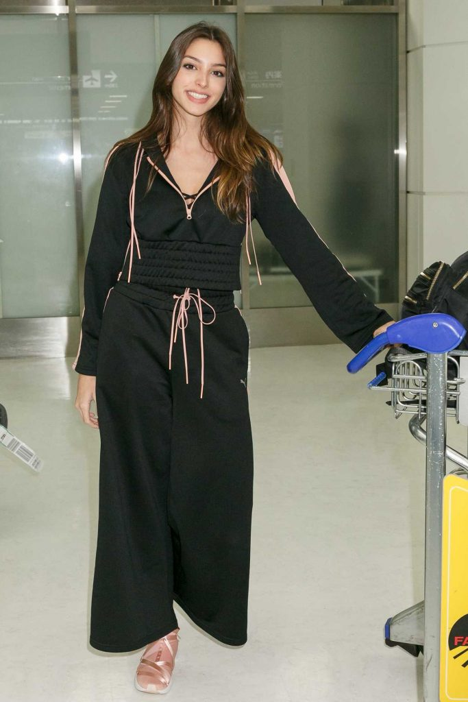 Celine Farach Arrives at Narita International Airport, Japan 01/19/2018-1