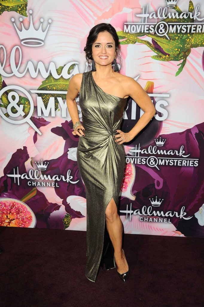 Danica McKellar at the Hallmark Channel All-Star Party During the TCA Winter Press Tour in Los Angeles 01/13/2018-1
