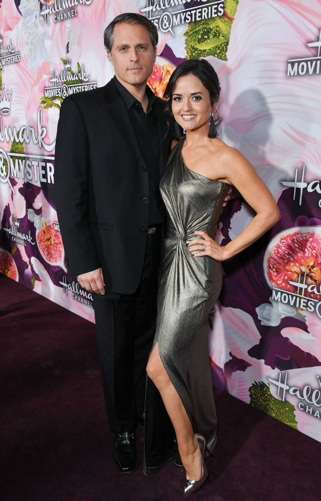 Danica McKellar at the Hallmark Channel All-Star Party During the TCA Winter Press Tour in Los Angeles 01/13/2018-4