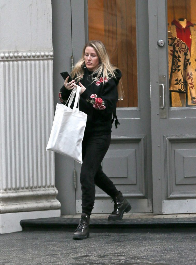 Ellie Goulding Goes Shopping in New York City 01/10/2018-1