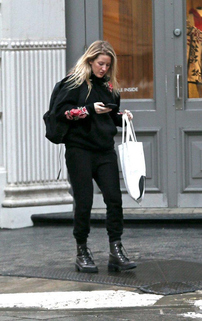 Ellie Goulding Goes Shopping in New York City 01/10/2018-4