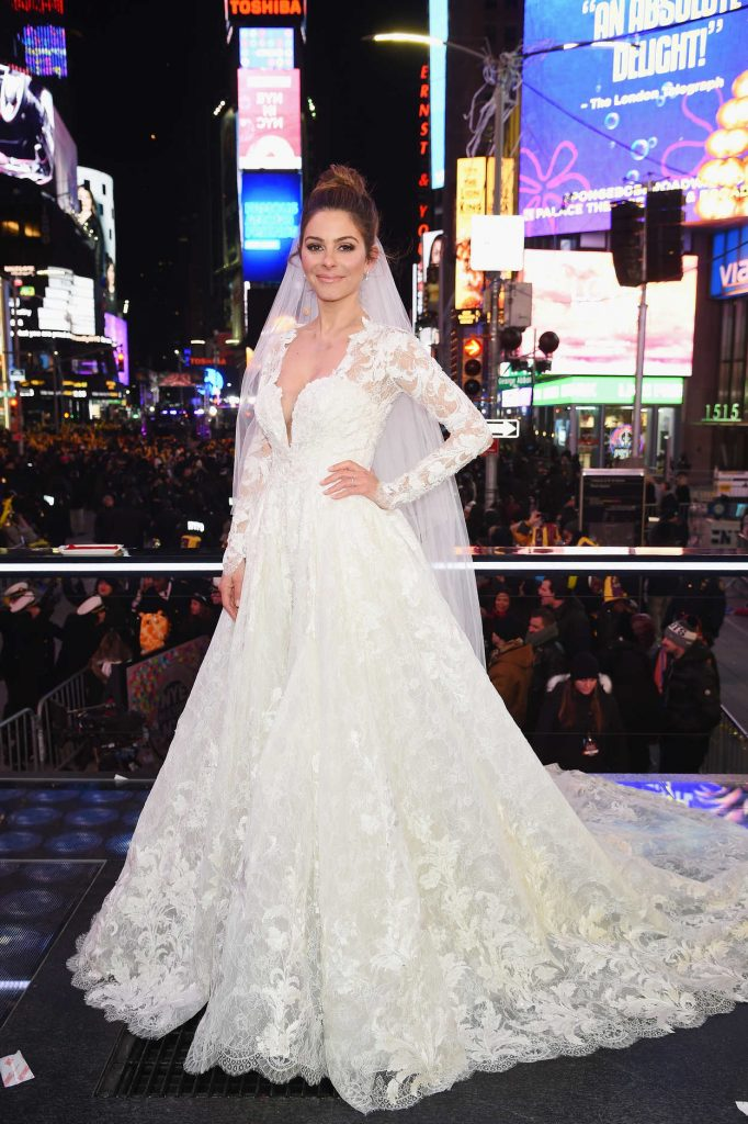 Maria Menounos Gets Married on Live TV on New Year's Eve in New York City 12/31/2017-1