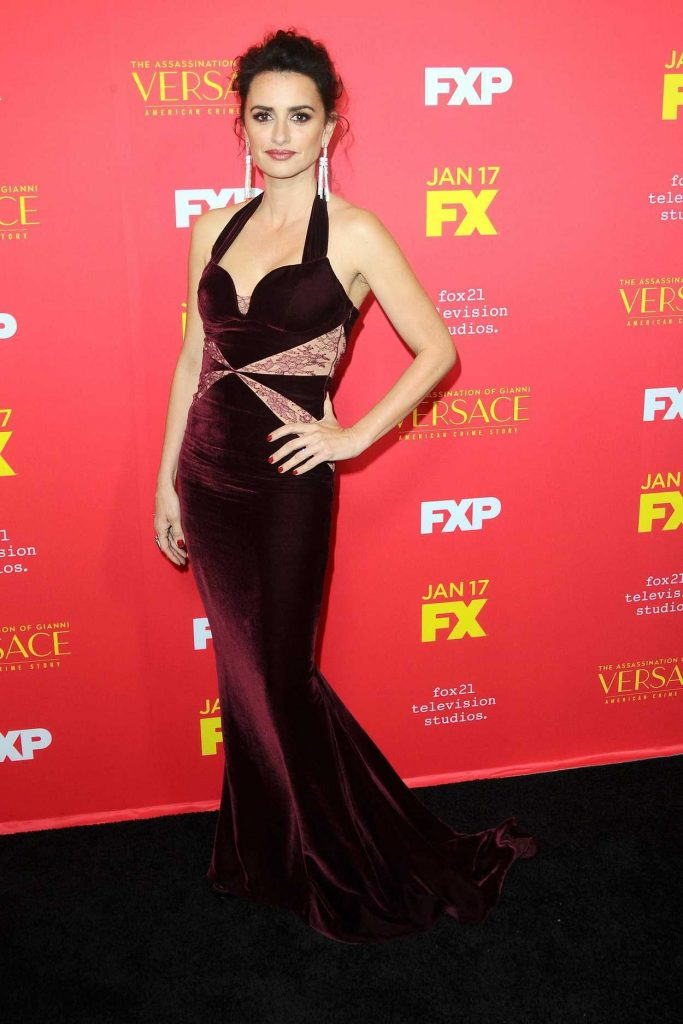 Penelope Cruz at The Assassination of Gianni Versace: American Crime Story Screeneng in Hollywood 01/08/2018-2