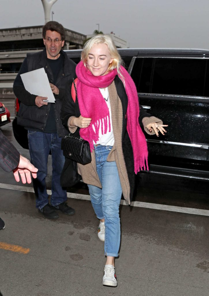 Saoirse Ronan Was Seen Out in Los Angeles 01/08/2018-5