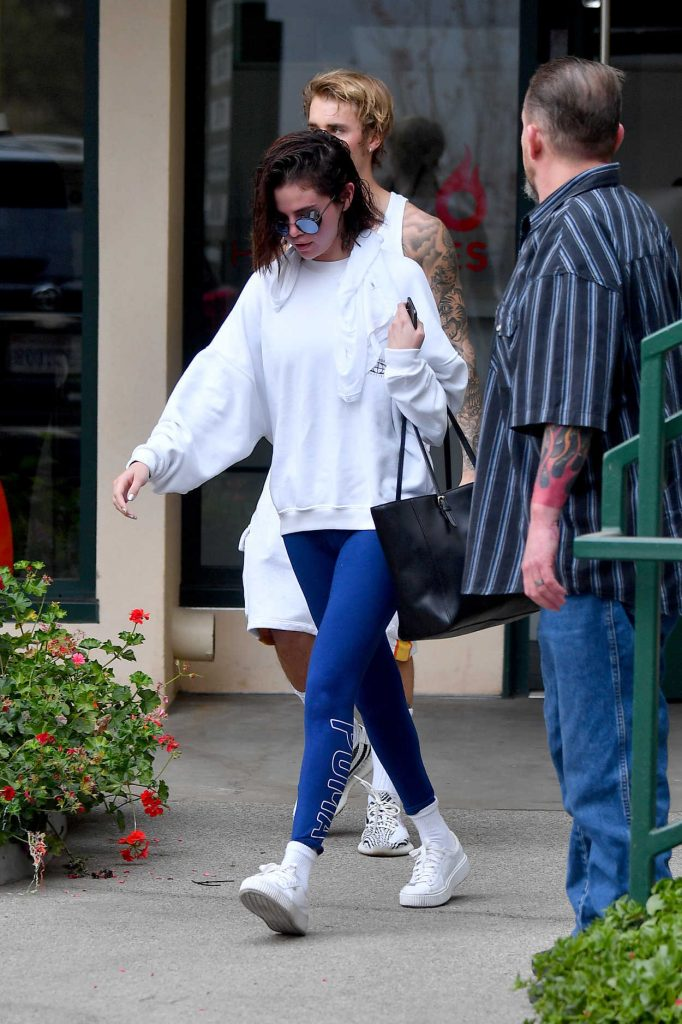 Selena Gomez Leaves a Pilates Studio with Justin Bieber in West Hollywood 01/03/2018-2