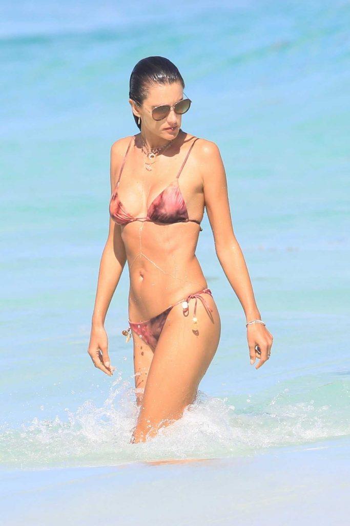 Alessandra Ambrosio in Bikini at the Beach in Cancun, Mexico 02/16/2018-1