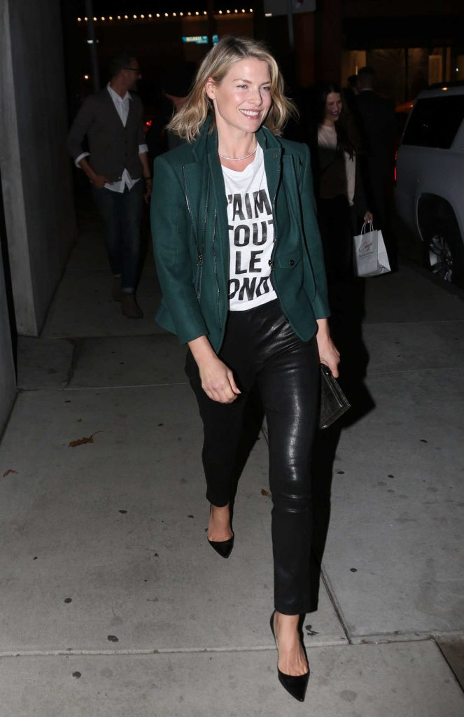 Ali Larter Arrives at Craigs Restaurant in West Hollywood 02/09/2018-1