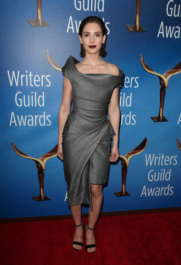 Alison Brie at 2018 Writers Guild Awards LA Ceremony in Beverly Hills 02/11/2018-1