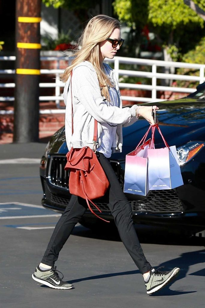 Amanda Seyfried Stops by Fred Segal for Some Shopping in West Hollywood 02/16/2018-4