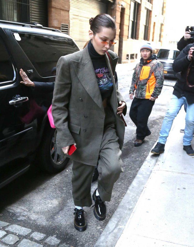 Bella Hadid Arrives at Spring Studios in New York 02/09/2018-1
