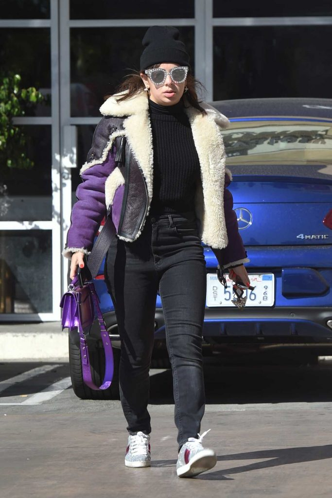 Charli XCX Was Seen Out in Los Angeles 02/20/2018-1
