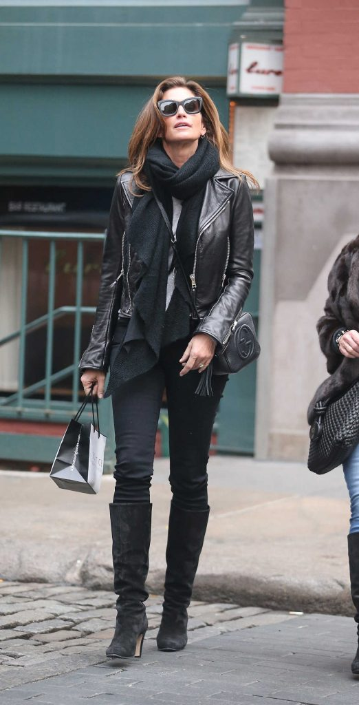 Cindy Crawford Out Shopping in New York City 02/15/2018-1