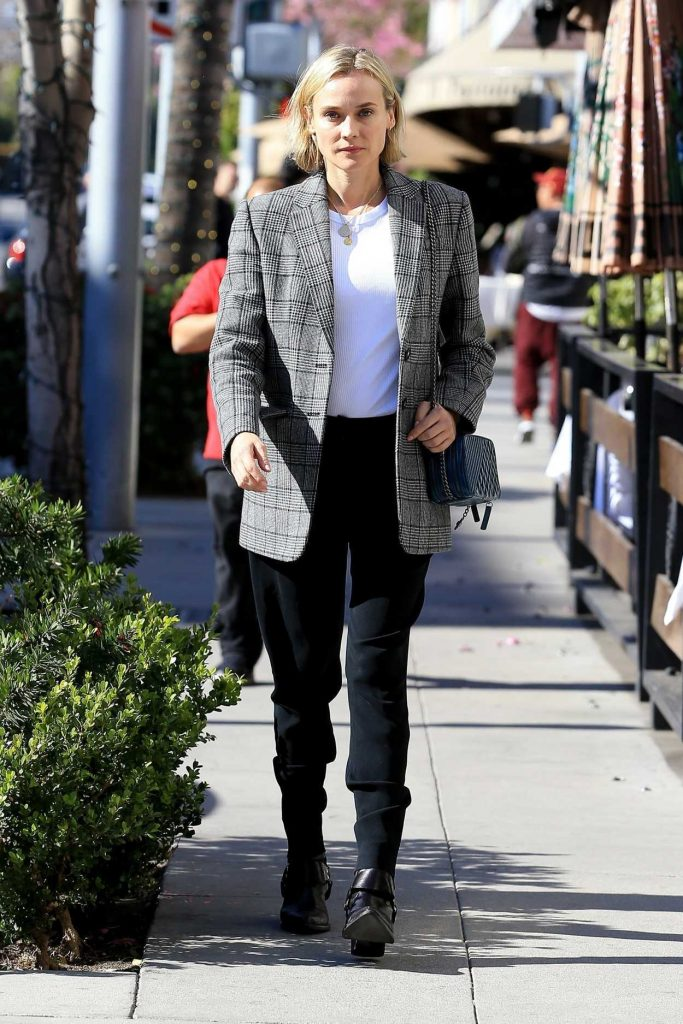 Diane Kruger Has Lunch at La Scala in Beverly Hills 02/21/2018-1