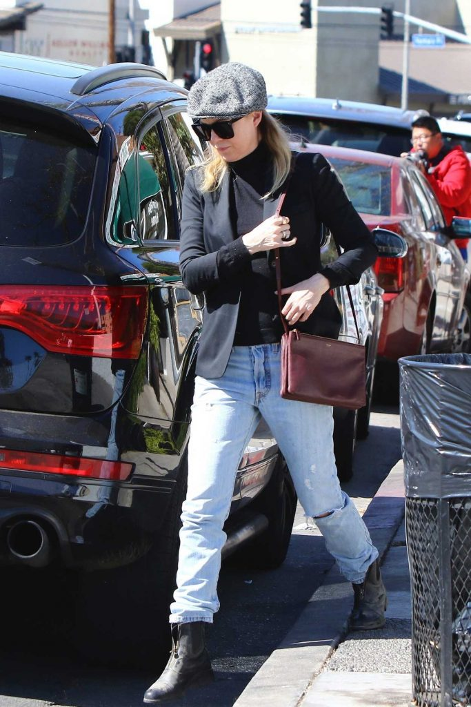 Ellen Pompeo Was Seen Out in Los Angeles with Her Daughters Stella and Sienna 02/24/2018-1