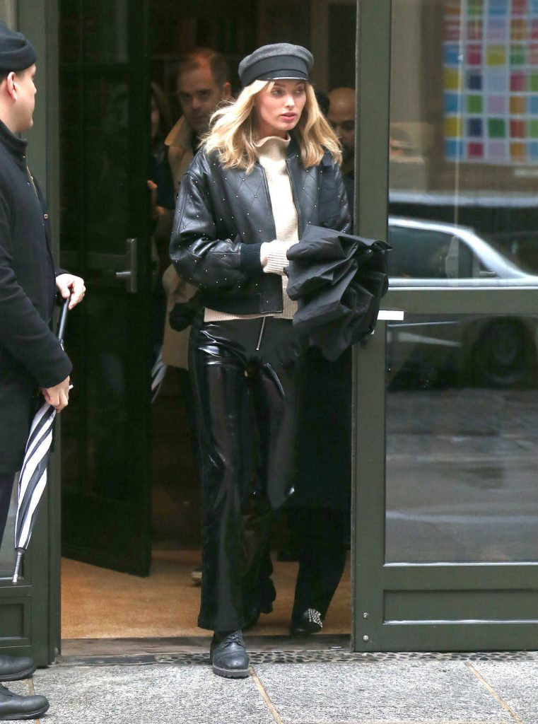 Elsa Hosk Was Seen Out in NYC 02/11/2018-1