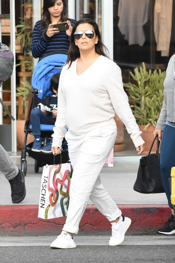Eva Longoria Was Seen Out in Los Angeles 02/10/2018-2