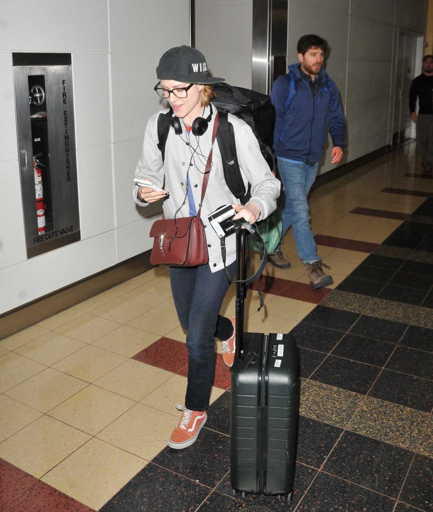 Evan Rachel Wood Lands in Washington 02/26/2018-1