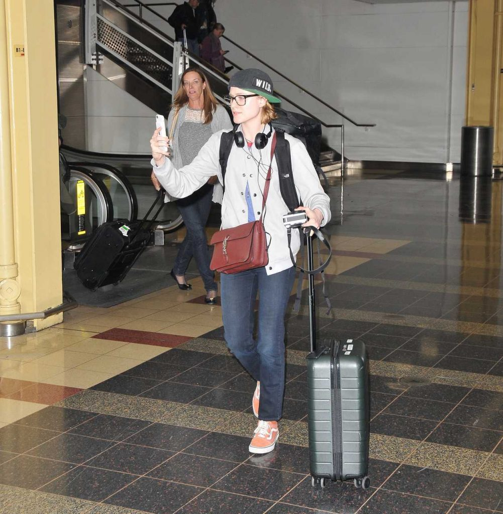 Evan Rachel Wood Lands in Washington 02/26/2018-2
