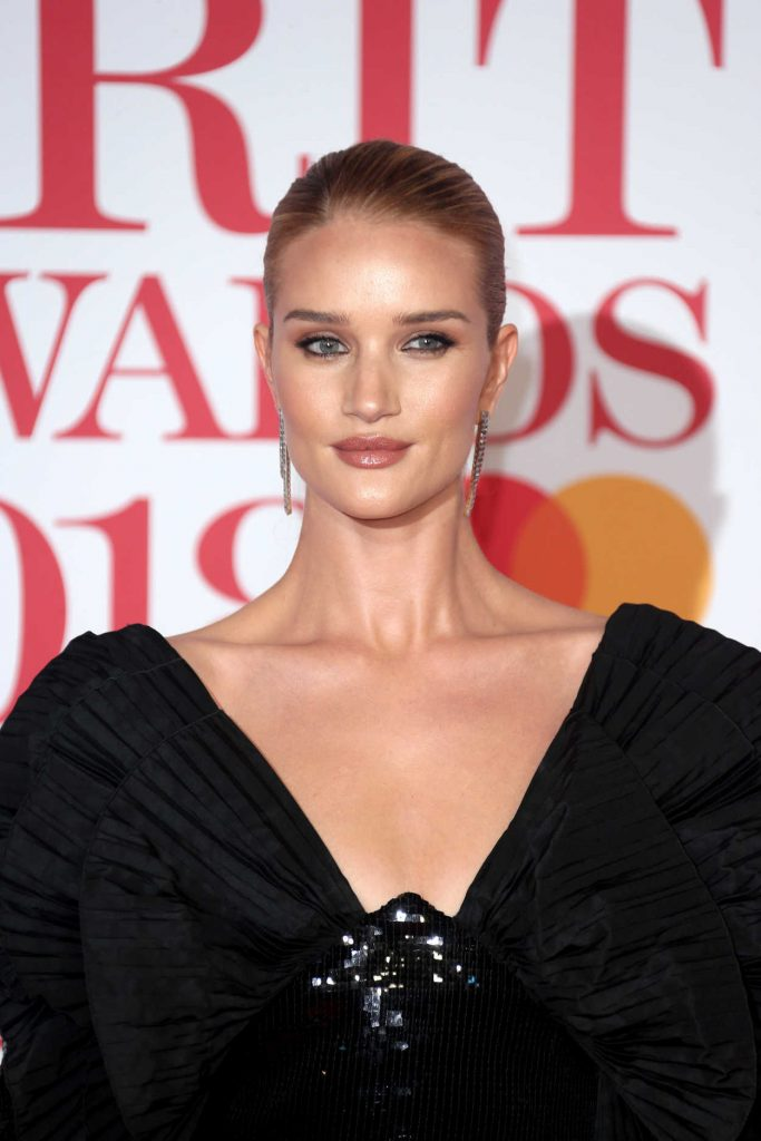 Rosie Huntington-Whiteley Attends the 2018 Brit Awards at the O2 Arena in London 02/21/2018-5