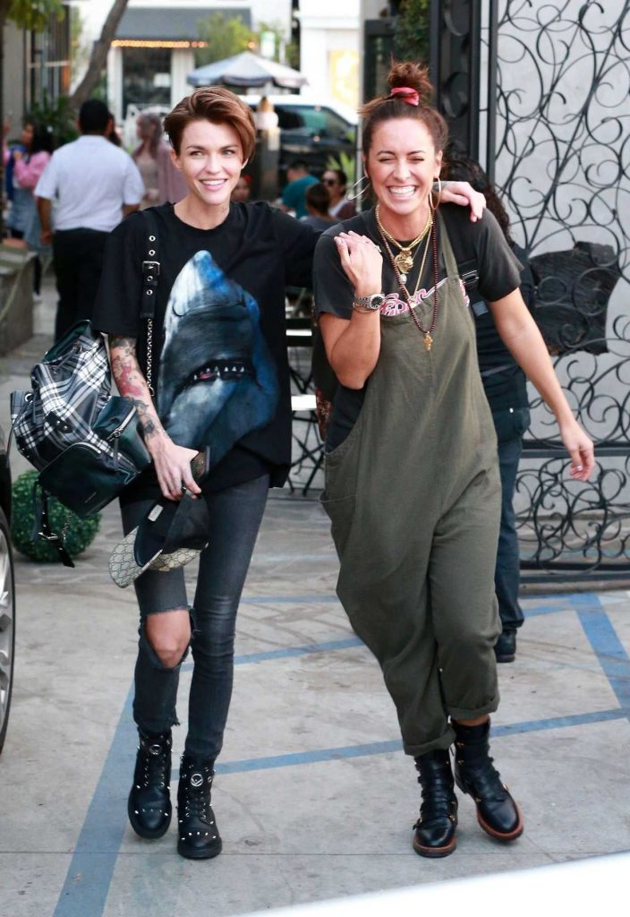 Ruby rose leaves nine zero one salon in west hollywood 02 for 2 the nines salon