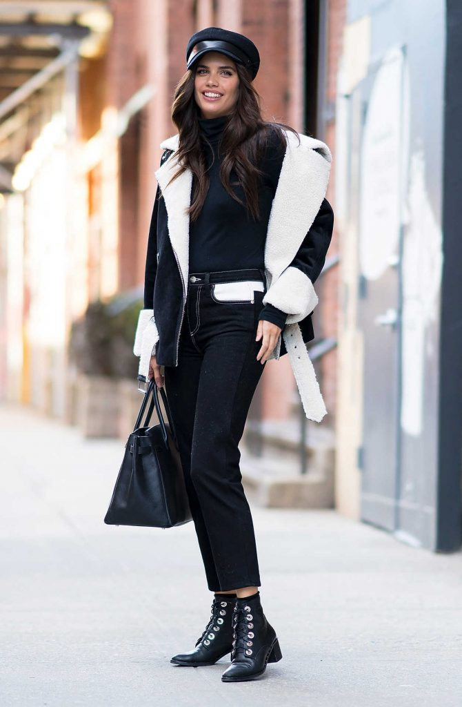 Sara Sampaio Was Seen in Chelsea During New York Fashion Week in New York City 02/12/2018-1