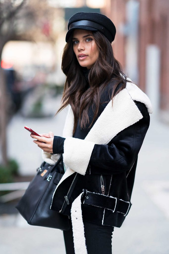 Sara Sampaio Was Seen in Chelsea During New York Fashion Week in New York City 02/12/2018-4
