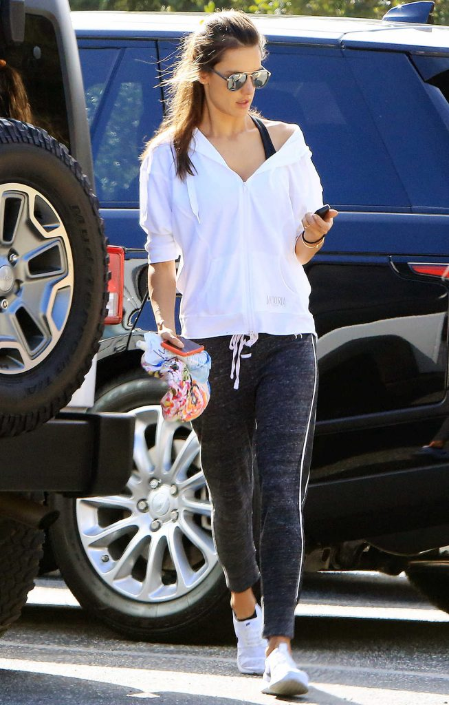 Alessandra Ambrosio Was Seen Out in the Hollywood Hills 03/29/2018-1