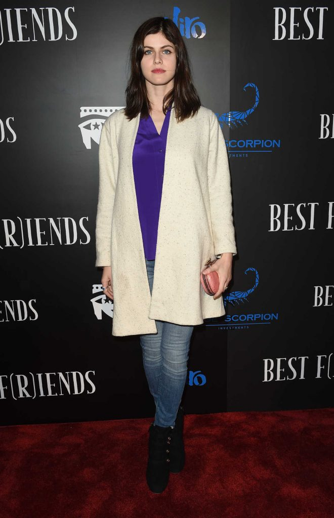 Alexandra Daddario at the Best F(r)iends Premiere in Los Angeles 03/28/2018-1