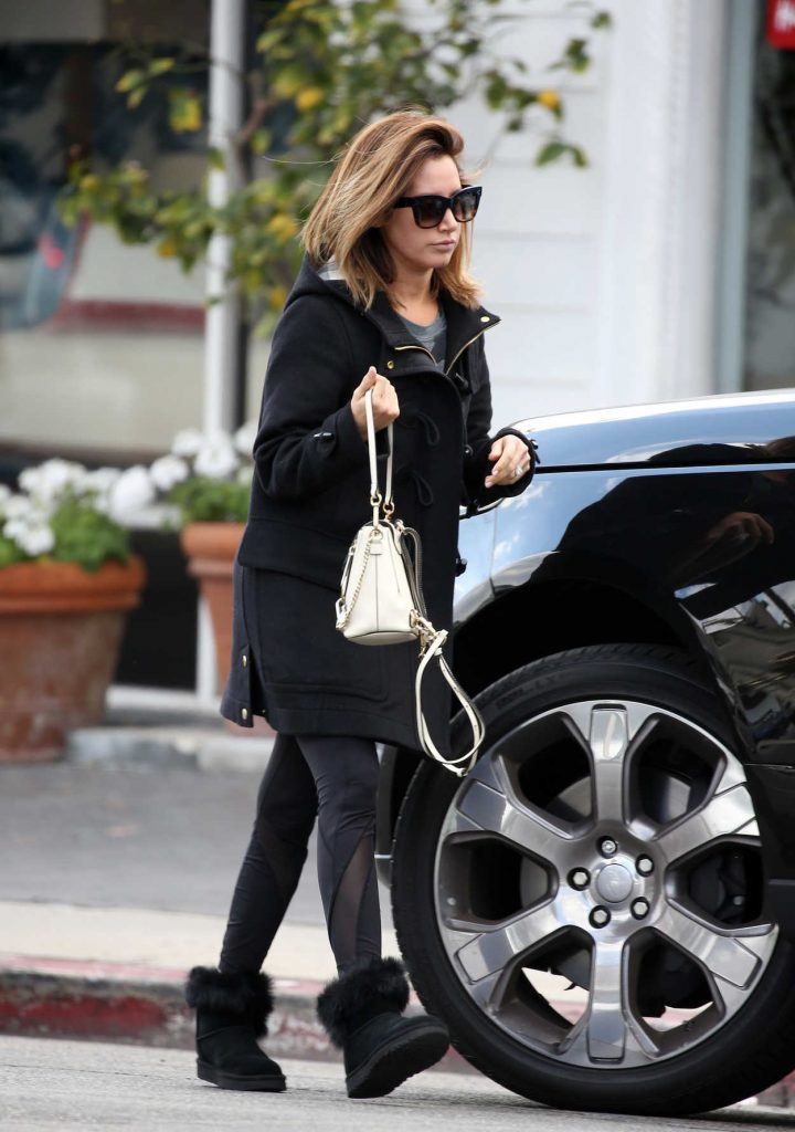 Ashley Tisdale Was Spotted Out in Woodland Hills 02/28/2018-3