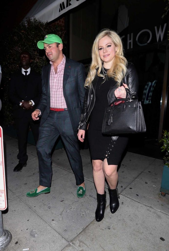 Avril Lavigne Was Spotted Out in Beverly Hills 03/02/2018-2
